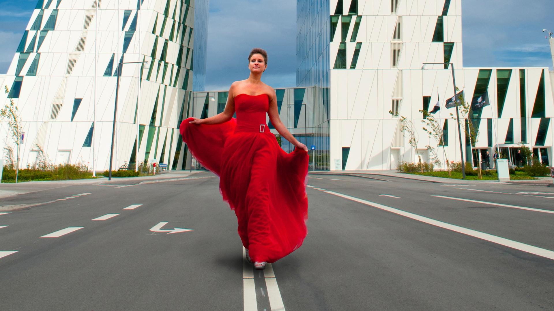 Modebilleder on loacation eller i studie